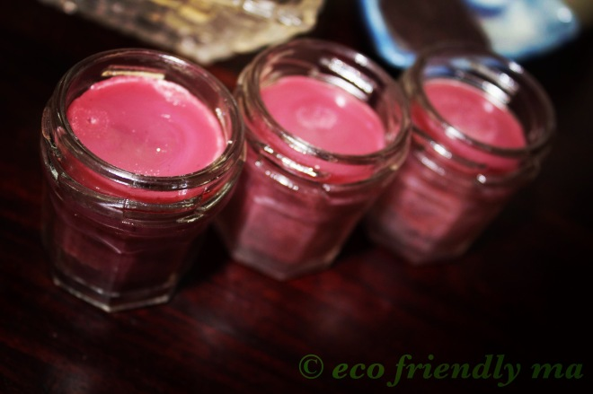 All-natural organic super-moisturizing tinted lip balm plum royale