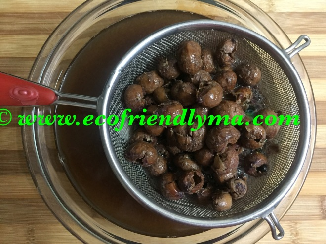soap nut liquid concentrate straining