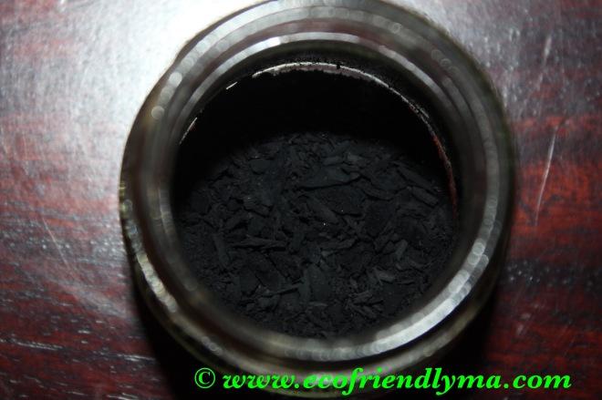 diy almond n castor oil kohl or kajal Ayurvedic soot